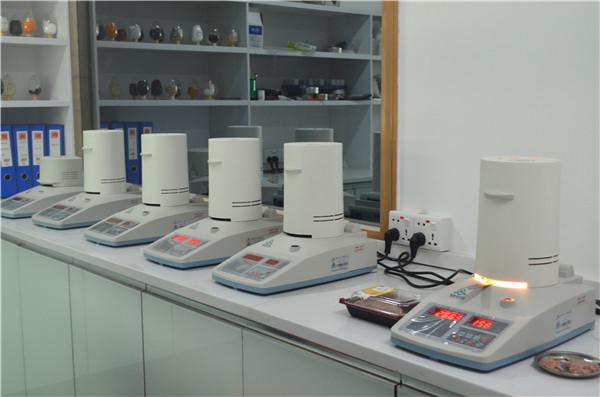 卤素牛肉水分测定仪使用方法