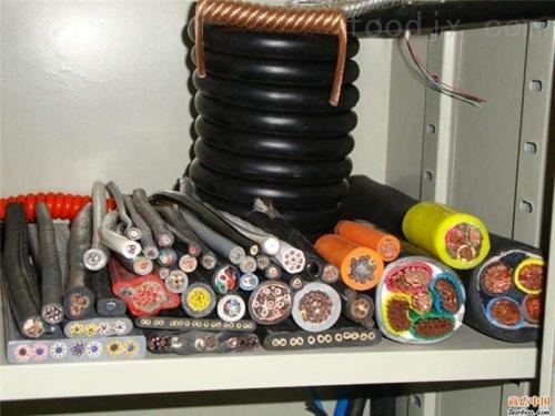 若尔盖县硅橡胶计算机电缆KGGRP-4*1.5