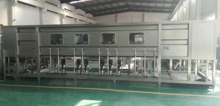 纯洁水灌装机出产线